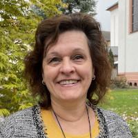 Pfarrsekretärin: <b>Sylvia Fiedler</b> - fiedler